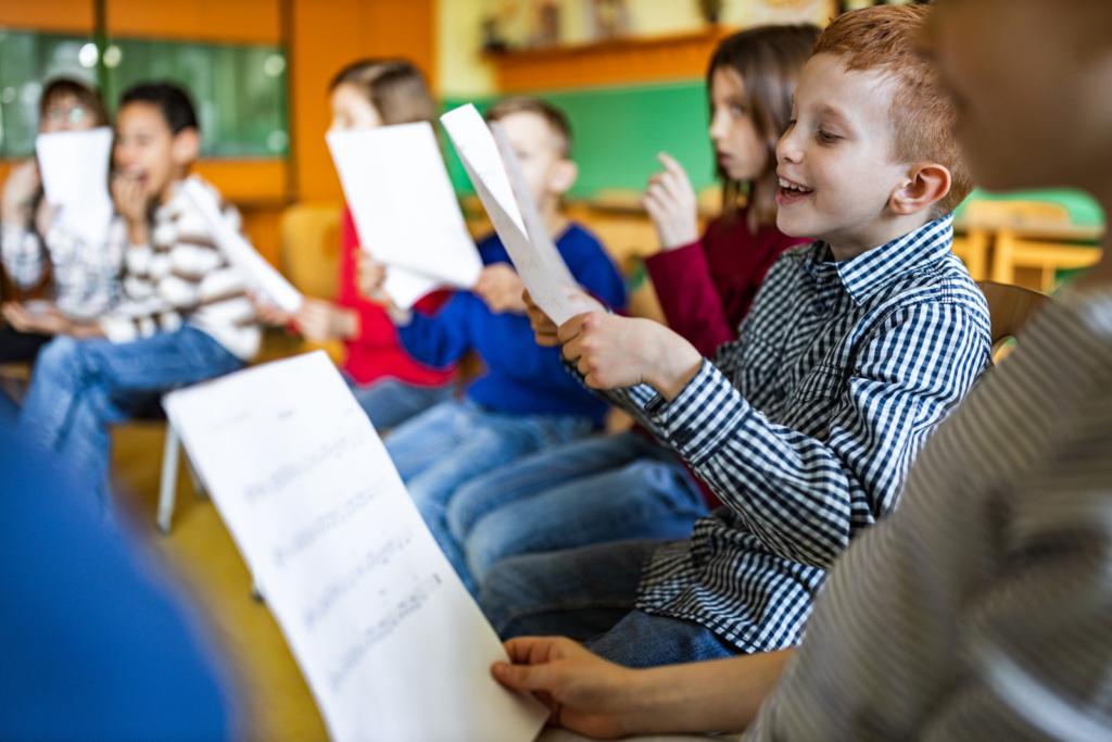 students singing in elementary school